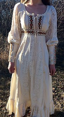 Retro-Vintage-1970s-Gunne-Sax-Prairie-Style-Calico-Dress-by-Jessica-McClintock