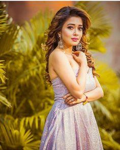 Ajmal qureshi💞 Girls Dp, Cute Girls, Tina Dutta, Anupama Parameswaran, Indian Tv Actress, Cute Girl Photo, Fashion Marketing, Celebs, Celebrities