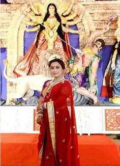 Rani Mukerji,  at Durga Puja celebrations - India Today -
