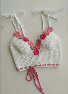 TEJIDO CROCHET Mode Crochet, Crochet Bra, Crochet Shirt, Crochet Clothes, Easy Crochet, Diy Clothes, Sewing Clothes, Crotchet, Crochet Style