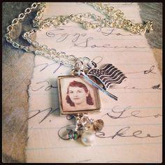 Custom pendant. Family photo under #iceresin.