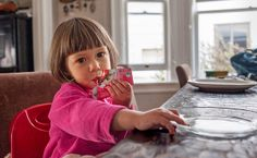 Food Pouches Let Little Ones Serve Themselves - NYTimes.com