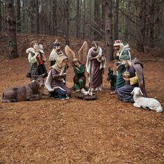 http://cdn.christmaslightsetc.com/images/productcloseup/23061/11-piece-nativity-outside-img_9385a.jpg