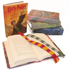 Harry Potter House Colors Scarf Bookmark. MUST MAKE!