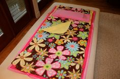 nap mat, play mat - that is just the coolest thing.  maybe one day ill make one