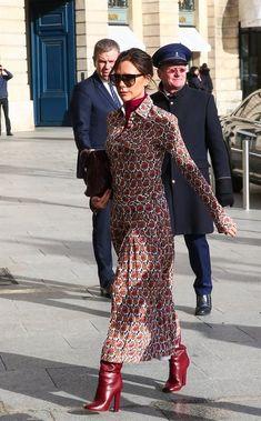 Victoria Beckham Outfits, Victoria Beckham Style, Mode Outfits, Fashion Outfits, Womens Fashion, Dress Fashion, Hijab Fashion, Petite Fashion, French Fashion