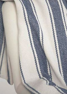 Dash and albert rugs woven otis navy rug sunroom for Dash and albert blanket