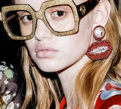 Bizzare and beautiful motifs on Gucci's 2016 Spring lineup [Optics from Gucci's Runway Collection]