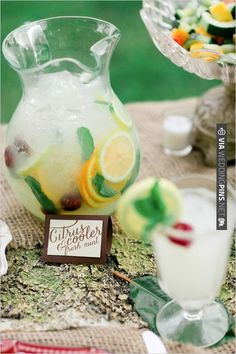 Refreshing cocktail ideas. | CHECK OUT MORE IDEAS AT WEDDINGPINS.NET | #weddingfood #weddingdrinks