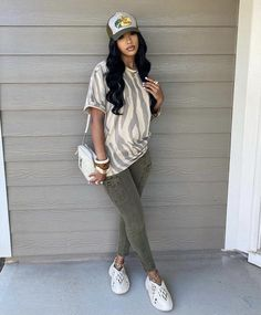 Swag Outfits For Girls, Chill Outfits, Cute Swag Outfits, Cute Comfy Outfits, Stylish Outfits, Black Girl Fashion, Tomboy Fashion, Streetwear Fashion, Fashion Outfits