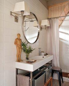 clean white modern bathroom