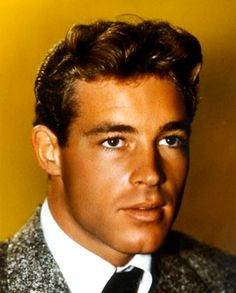 Guy Madison I saw a movie called Til the end of time! Saw this man and just about passed out. This man is GORGEOUS