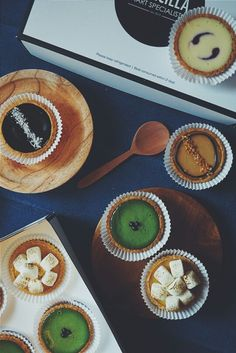 This cutest tart is so delicious and fresh. #tart #yellow #lemon #marshmallow #greentea #coconut #peanut #banana