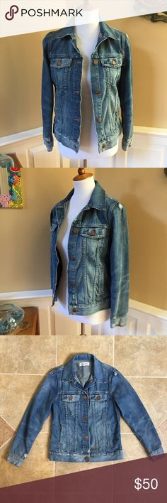 Madewell Distressed Jean Jacket in Ellery Wash Looking for that PERFECT denim jacket?  Congrats, you just found it!  Goes with everything, perfectly distressed (intentionally), and all in the perfect shade of blue with copper buttons.  Only selling because another size fits me better.  In excellent pre-owned condition--again, please note the intentional distressing in photos,  Feel free to ask any questions, thank you! Madewell Jackets & Coats Jean Jackets