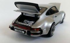 Porsche 930 Turbo (1975)   1:43-Scale Diecast Model Car by Kyosho  Front Quarter