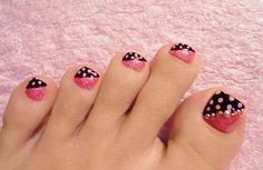 I realize this is about the nail polish but her feet are terrifying!