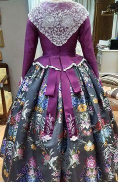 Victorian, Floral, Skirts, Dresses, Fashion, Color Combinations, Blue, Vestidos, Moda