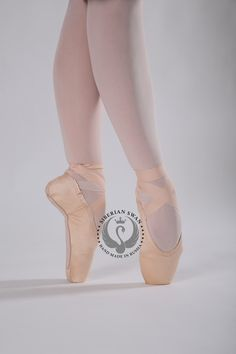 Another look at this shank! Instantly molding to the dancers foot. This shank is made of a plastic material that makes it more durable than conventional pointe shoe shanks. The box of this pointe shoe is made of the conventional pointe shoe materials, making this a very unique shoe. Pointe Shoes, Dance Shoes, Dancers Feet, Plastic Material, Unique Shoes, Shank, Costumes, Box, How To Make