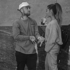 Mac Miller And Ariana Grande, Ariana Grande Mac, Cinderella 3, Famous Couples, Couple Aesthetic, Black N White, Beautiful Love, Best Couple, Couple Pictures