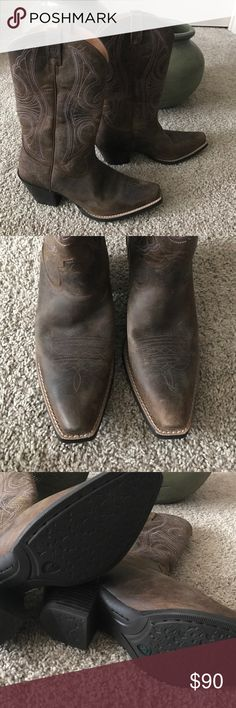 """Ariat Leather Cowboy Boots """"Round Up D Toe"""" 8.5 Brand new pair of Ariat cowboy boots. Beautiful chocolate leather with a hint of purple in the stitching (see close up photo). Leather upper with a rubber sole. Very comfortable! Item #10011953 Ariat Shoes Heeled Boots"""