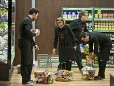 Concorrentes escolhem os ingedientes que precisam, no Supermercado El Corte Inglés   Fotos   MasterChef Portugal   TVI
