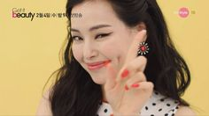JINUA,DRAMASTYLE Get it Beauty 2016 (March 1, 2016) 1:1 Beauty Mentor Program  viewers want a program that provides practical information, real beauty. Hosted by the very talented Eugene, Korea's Beauty Icon representative, the show 'Get it Beauty' is all about . . . well, BEAUTY! Lots of tips, know-hows, make-overs, product reviews, professional advice, and useful beauty secrets are revealed! The show provides the answers to those frequently asked beauty questions. Your favorite Korean…