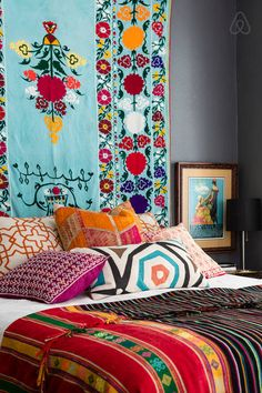 Boho home inspiration Bohemian Headboard, Bohemian Bedroom Decor, Bohemian Interior, Mexican Bedroom Decor, Boho Dekor, Deco Boheme, Home And Deco, Decoration, My Room
