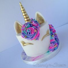 Hope your day is filled with unicorn magic and lots of glitter . Hope your day is filled with unicorn magic and lots of glitter . Cousin Birthday Gifts, 14th Birthday Cakes, Teen Girl Birthday, Kylie Birthday, Birthday Cakes For Teens, Glitter Birthday Cake, Unicorn Themed Birthday Party, Glitter Cake, Unicorn Party