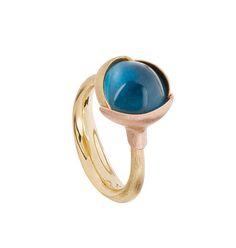 Dänische Handwerkskunst aus Familientradition begeistert alle - Ole Lynggaard: Lotus Ring, blauer Topaz A2651-407