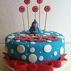 Bolo Galinha Pintadinha ... do Caio ... SINHÁ AÇÚCAR #arteemaçúcar #cake #pastaamericana #sugarpaste #party #partydecor #partyideas #kids #kidsparty #aniversários #festas #festasinfantis #birthday #sweet #candies #funcakes #delicious #yummy #birthdayparty