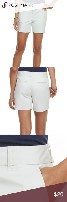"""Vineyard Vines Women's Day Boat Classic Shorts Vineyard Vines Women's Day Boat Classic Shorts Pink Embroidered Whale  Excellent Condition!  Measurements (all approximate)  Size: 14 Waist: 36"""" (18"""" laying flat) Inseam: 4.5"""" Outseam: 15"""" Front Rise: 10.5"""" Back Rise: 16"""" Leg Opening: 27""""  Ship within 24 hours  Please note: All items are cross-posted, if they sell on another platform I will delete the Posh listing. All items are shipped securely packed with love but without added waste like…"""