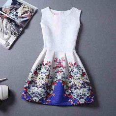 vestido rodado, acinturado, floral
