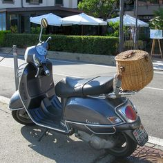 Scooter with basket storage in Italy by Picofbas99, via Flickr