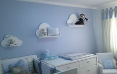 nuvem na decoracao do quarto do bebe.09 Baby Boy Rooms, Baby Boy Nurseries, Baby Room, Nursery Themes, Nursery Room, Kids Bedroom, Luxury Nursery, Shared Rooms, Room Decor