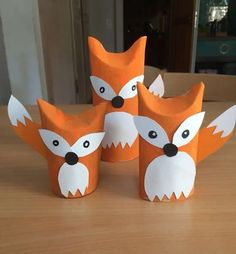 Foxes from toilet paper rolls .Foxes from toilet paper rolls moreThe cutest toilet paper craftOne thing I love about crafts is how they develop! These toilet paper rolls are adorable and modern. Kids Crafts, Fox Crafts, Animal Crafts, Toddler Crafts, Preschool Crafts, Projects For Kids, Diy For Kids, Arts And Crafts, Craft Kids