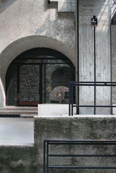 Castelvecchio Museum. 1973. Verona Italy. Carlo Scarpa. Contrast of shape and texture/material