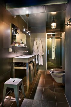 Stainless steel Bathroom @Herangtunet boutique hotel Norway