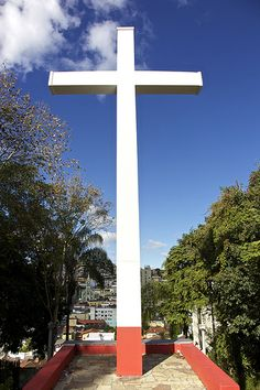 Cruzeiro da Igreja de Santa Isabel - Caxambu, Minas Gerais | Flickr - Photo Sharing!