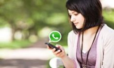 How to get a girl to text you back? What to do when a girl doesn't text back? How to make a girl like you over text? How to make a girl text you back? Prepaid Cell Phone Plans, Prepaid Phones, Whatsapp Spy, Whatsapp Message, Whatsapp Group, Message Sms, Text Messages, Cell Phone Addiction, Business Pictures