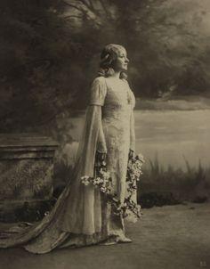 "Mary Garden in Claude Debussy's ""Pelleas and Melisande,"" 1902"