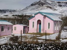 Pink Church in Kokstad, South Africa Beautiful Places To Visit, Oh The Places You'll Go, Kwazulu Natal, My Land, Decoration, Continents, Winter Wonderland, South Africa, Adventure