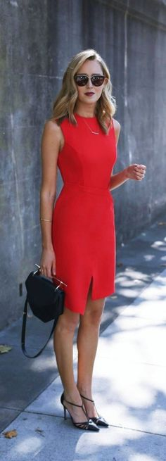 Elegant Work Outfits Ideas For Every Woman Wear 13