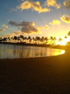 Sunset in Hilton Hawaiian Village Lagoon in Honolulu - Hawaii 2012. Shot by me