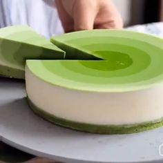 Matcha mousse cake by - essen - Best Cake Recipes Asian Desserts, Just Desserts, Delicious Desserts, Yummy Food, Green Desserts, Fancy Desserts, Baking Recipes, Cake Recipes, Dessert Recipes