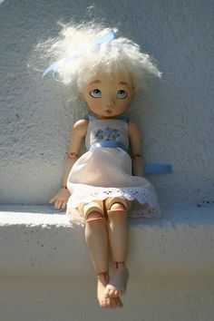Bianca OOAK clay bjd doll by Linda Macario just $1400!  http://www.aboutdolls.org/macario1.htm