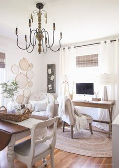 Decorating 101 - In this lesson, you'll learn all about curtains and the best way to hang them! Great tips from a self-taught interior decorator!