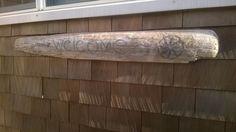 Beach house welcome, rustic oar