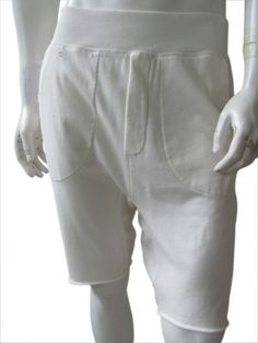 Bermuda kneeheight in white cotton with high waistband and big round pockets just @ $63.00