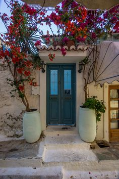 TRAVEL'IN GREECE I Door in #Poros Island, #Greece, #travelingreece