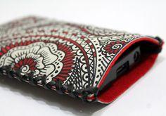 HENNA Smartphone Case Handy Tasche aus Leder / Leather und Filz / Felt- Handbemalt / hand painted von Anarkali auf DaWanda.com